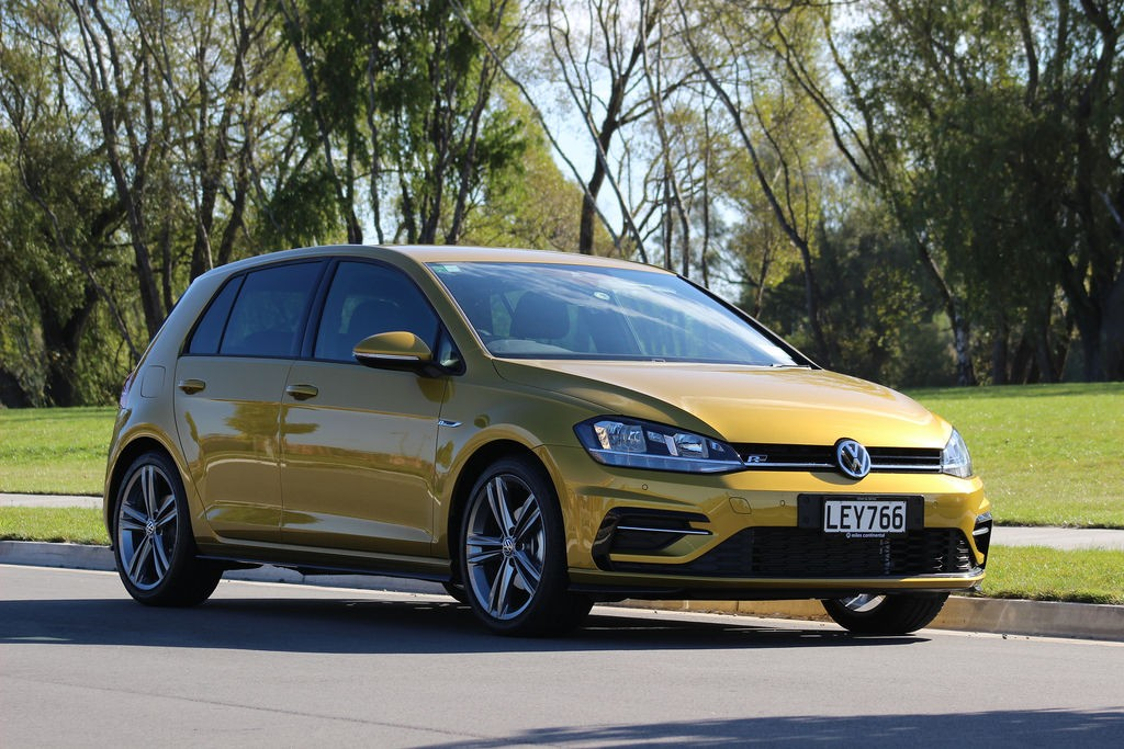 an image of a Volkswagen Golf from 2018